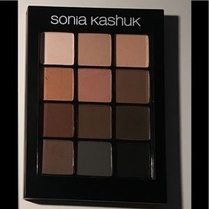 Sonia Kashuk Eye on Neutral Matte Palette